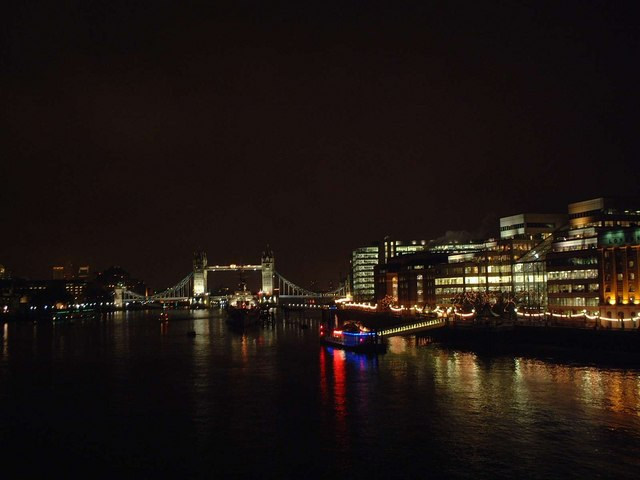 Pool of London at Night