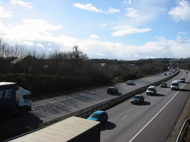 M4 skirting North Cardiff