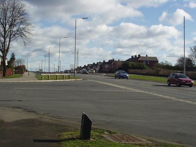 Junction of Broadgate Walk and Broadway, Horsforth