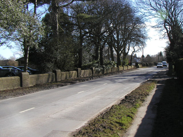 The road outside Brough Golf Course