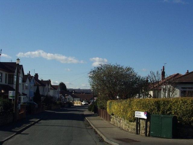 Autumn Crescent, Horsforth
