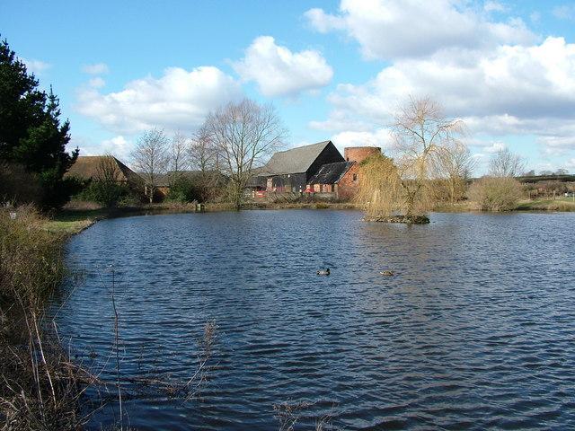 Mardleybury Farm & Pond