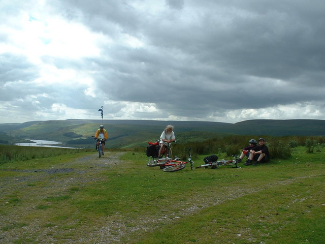 Long Side on the Trans-Pennine Trail