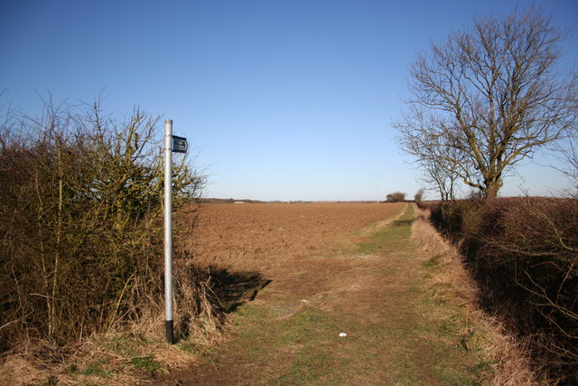 Wilsford Heath footpath