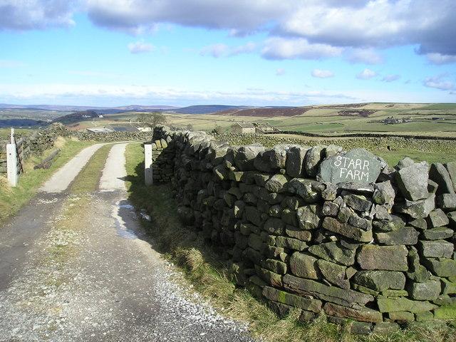Entrance to Starr Farm