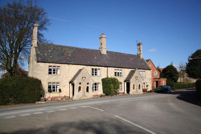 Londonthorpe estate cottages