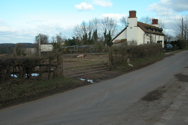Cottage on junction at Fawley Cross