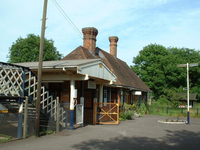 Sandling Station