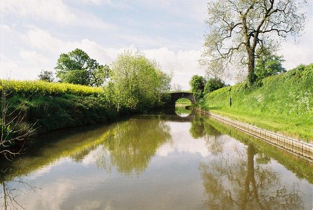 Llangollen Canal - Clay Pit Bridge