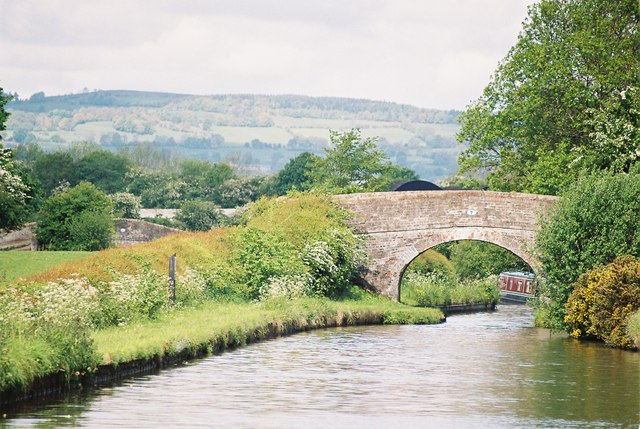 Llangollen Canal, Brooms Bridge