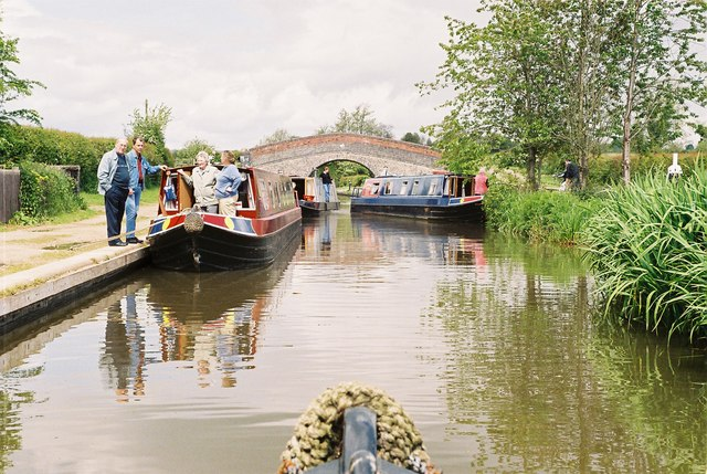 Llangollen Canal - New Marton Bridge