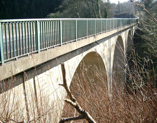 Road bridge over the Mouse Water