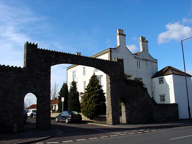 Entrance to Penlea Court