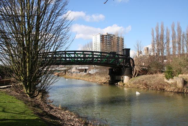 Stamp End Bridge