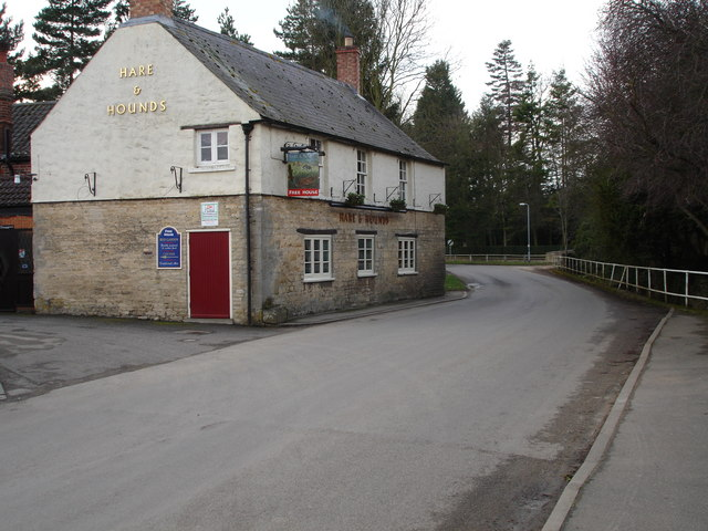 The hare and Hounds pub in Greatford