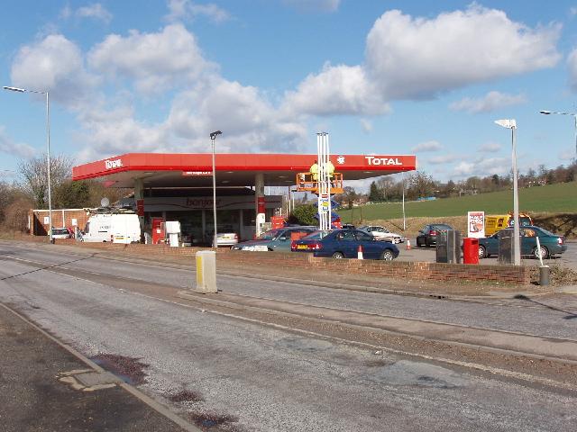 Filling station, by Hunton Bridge Interchange, Watford