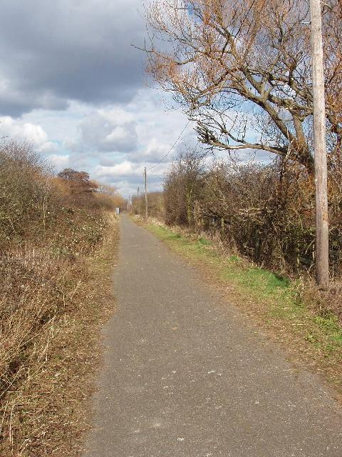 Bridleway beside the M25, Stanwell Moor