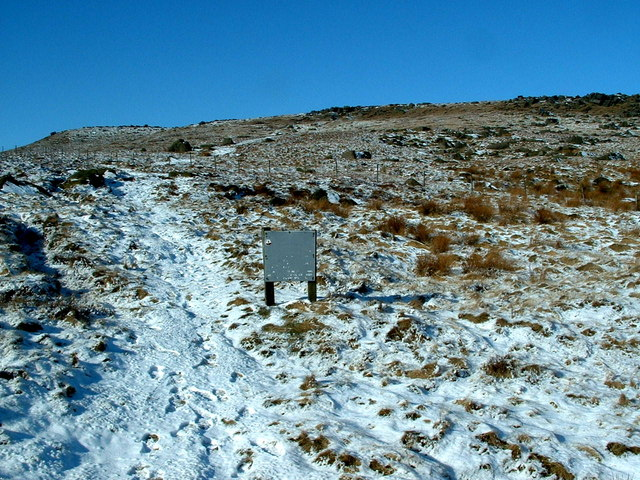 Start of the path up West Nab