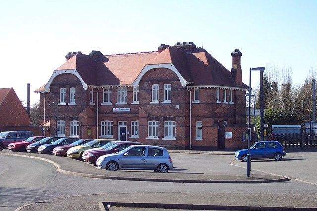 Shenstone Station