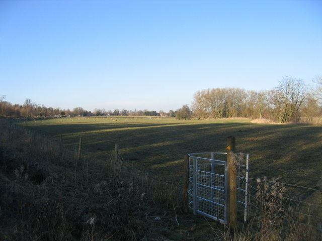 Footpath to Alcester