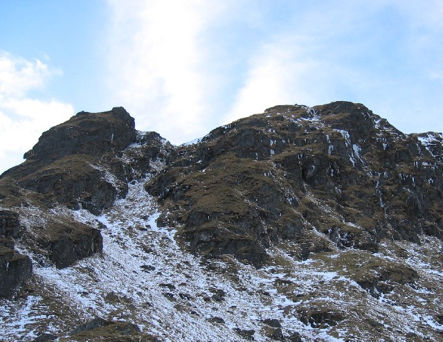 Buttress at the eastern end of Sail Dhubh