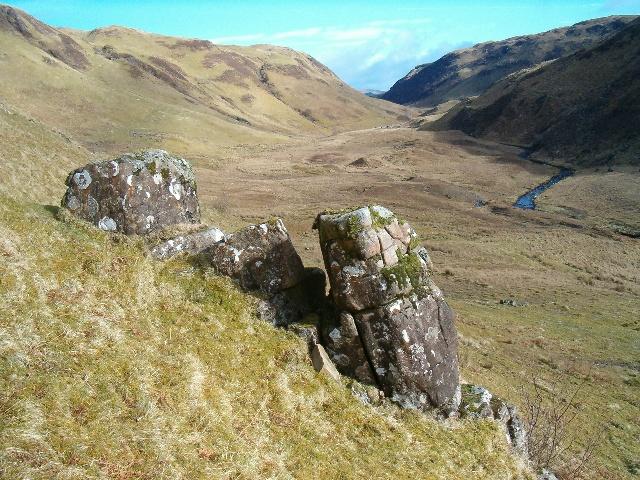 Rock feature in Gleann Domhain