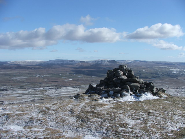 Cairn on Lords Seat.