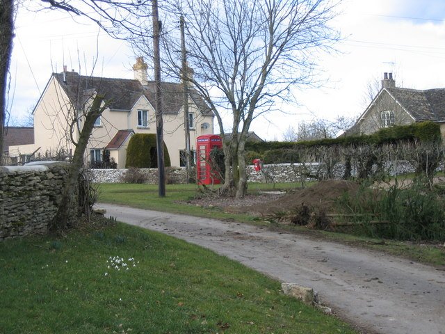 The hamlet of Kemble Wick