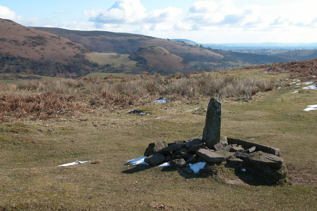 Cairn at Coed Mawr, Black Mountains