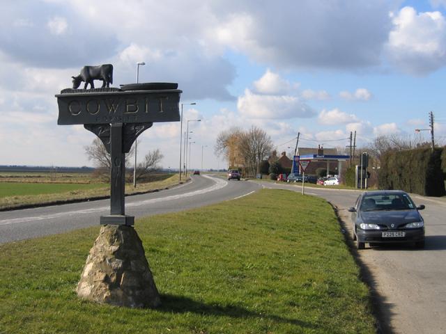Cowbit village sign