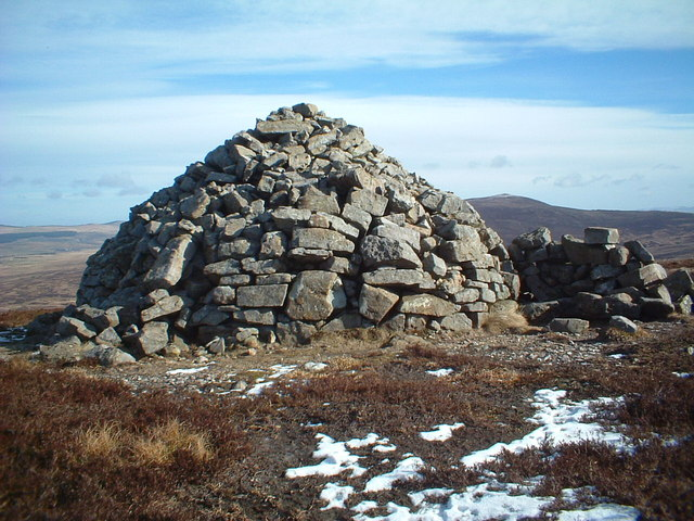 Wardlaw Hill memorial cairn
