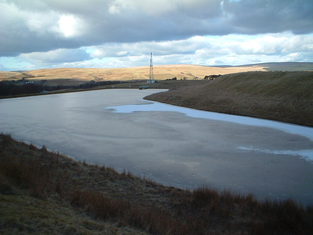 Reservoir and Mast