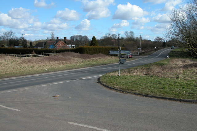 Road junction on A4133 at Hadley
