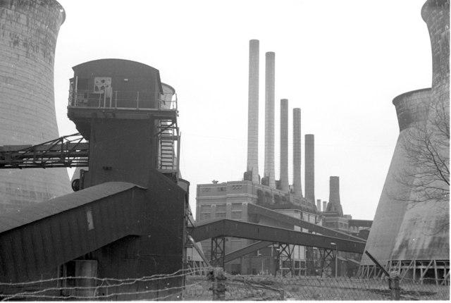 Brimsdown Power Station, 1975