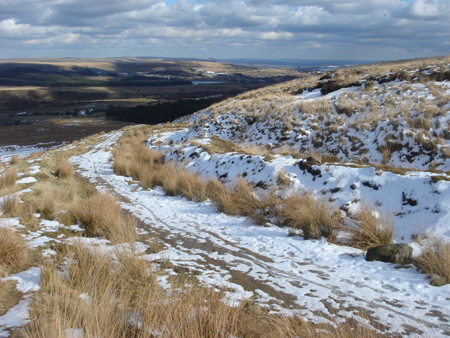 Path up Winter Hill from Belmont Road