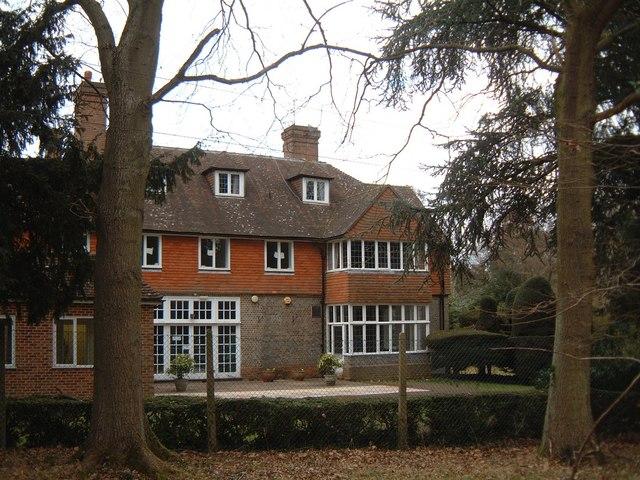 Tadley Court, Tadley