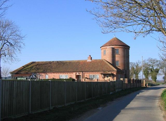 Converted silo, Hellington