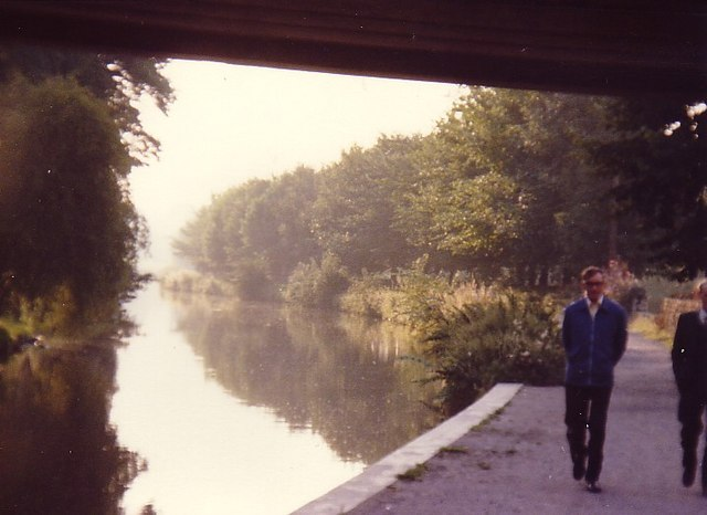 Leeds and Liverpool Canal, Sept 1979