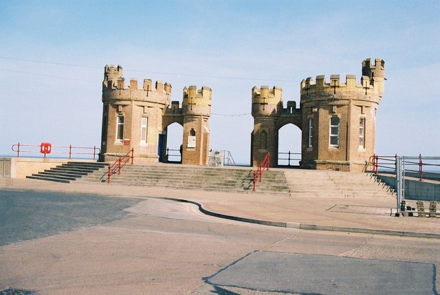 Withernsea: entrance to the beach