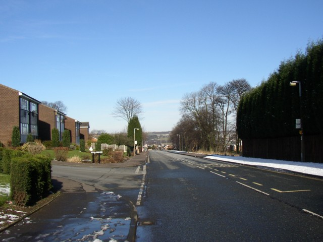 Field Top Road, Rastrick (SE136218)