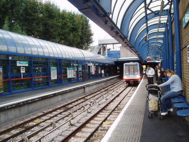 Bow Church station, Docklands Light Railway