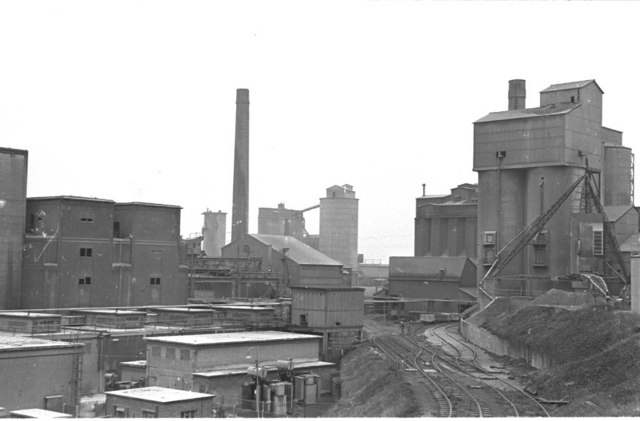 West Thurrock Cement Industry, 1974