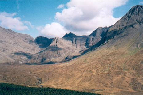 Looking into Coire a Tairneilear, Skye
