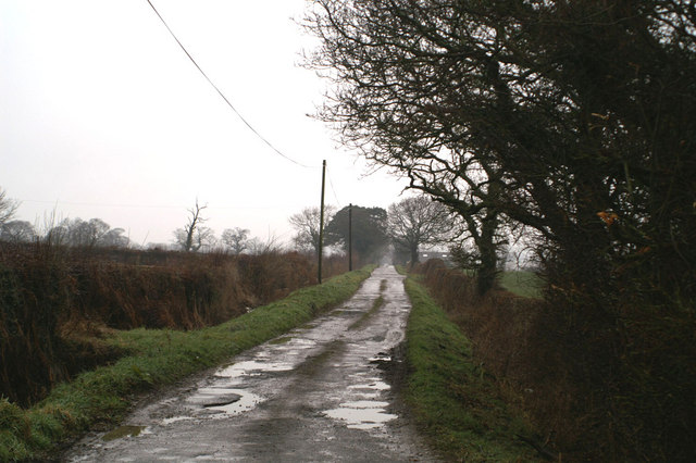 Middle Lane, Kinnerton