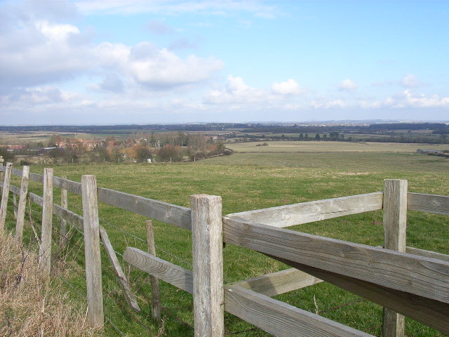 Farmland above Dorton