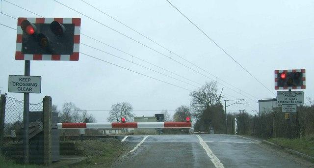 Railway crossing on Hales Street