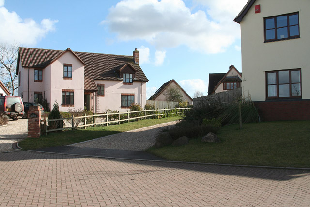 Clyst Hydon: housing at Little Silver