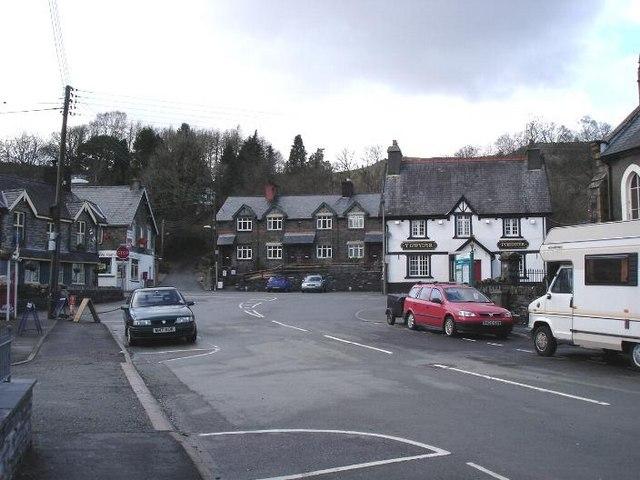 Dolwyddelan village