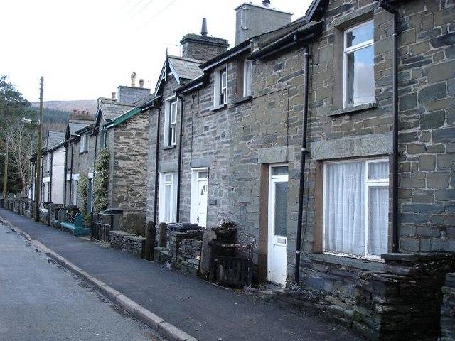 Dolwyddelan cottages