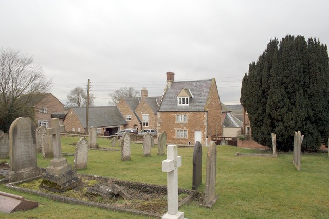 Houses and cemetery at Ridlington